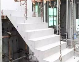 装配式楼梯段